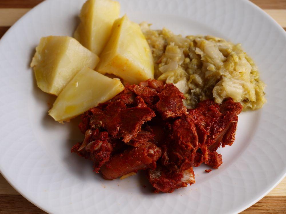 Botillo con berza y patatas
